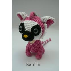 Háčkovaný přívěsek - lemurek