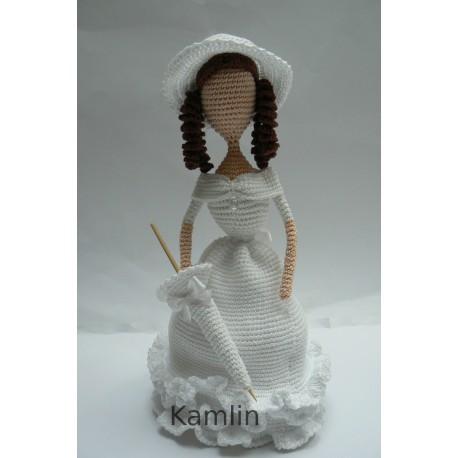 Návod na háčkovanou dámu v klobouku - dekorace
