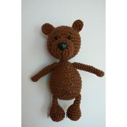 Háčkovaný medvídek menší