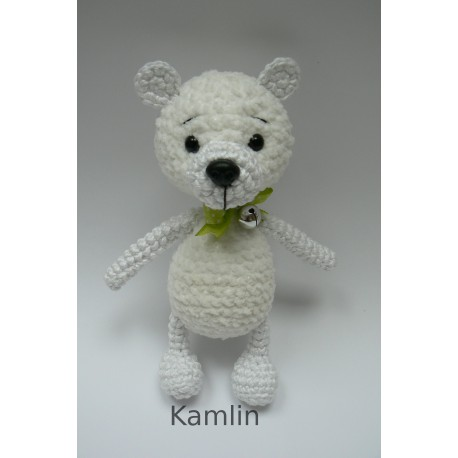Háčkovaný medvídek - bílý